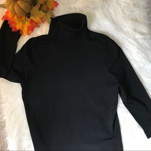 Ann Taylor silk blend turtle neck size med Black